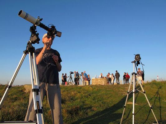 Depuis la pointe de Corsen en Bretagne, éclipse partielle au raz de l'océan...