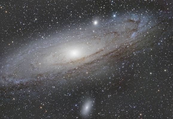 2 août : M31, la galaxie d'Andromède, 12 x 90s