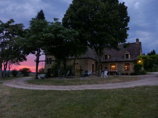 30 juillet : coucher de soleil sur le gîte
