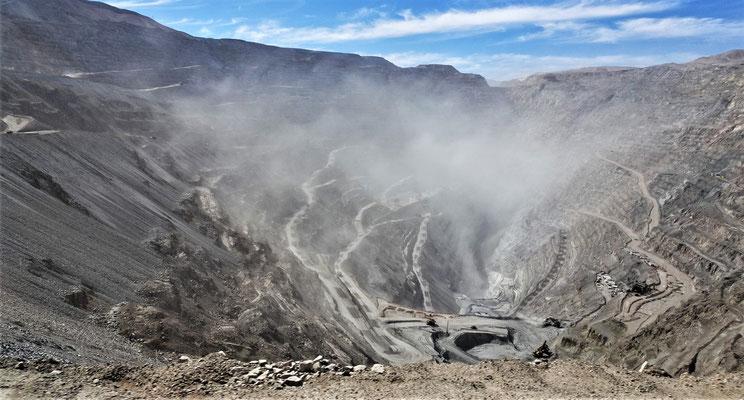 ....grösste Kupfermine der Welt.