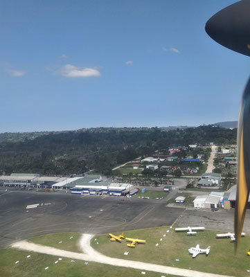 Der Blick auf Port Vila.....