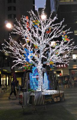 Der Lichtbaum im Schoppingzenter.