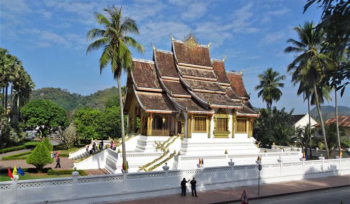 Der Tempel auf.....
