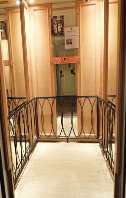 ".......mit dem ""Balkon""-Lift......"