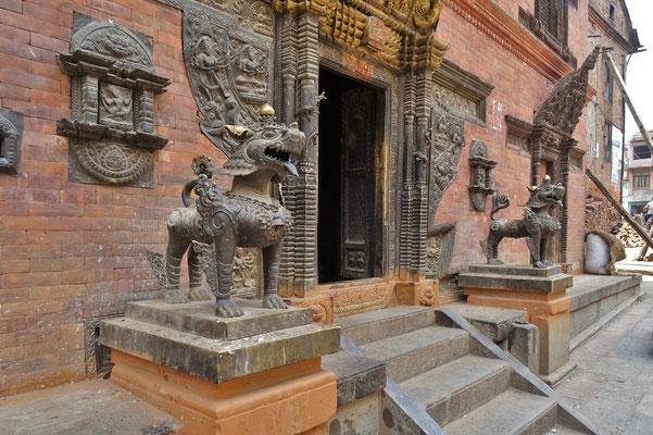 Der Eingang zu einem Hindutempel..