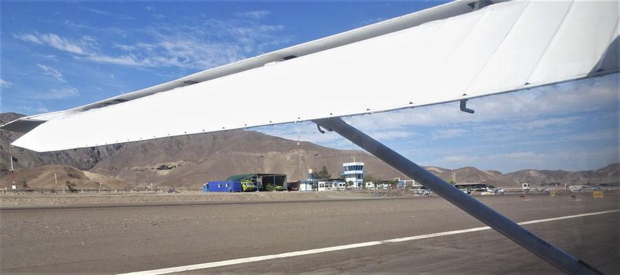 Das kleine Flughafengebäude.