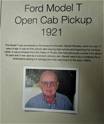 .....Gerald Rhodes ist der 50 Jahre gesammelt hat.