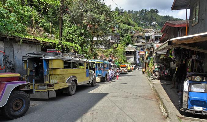 .....und den Jeepneys.
