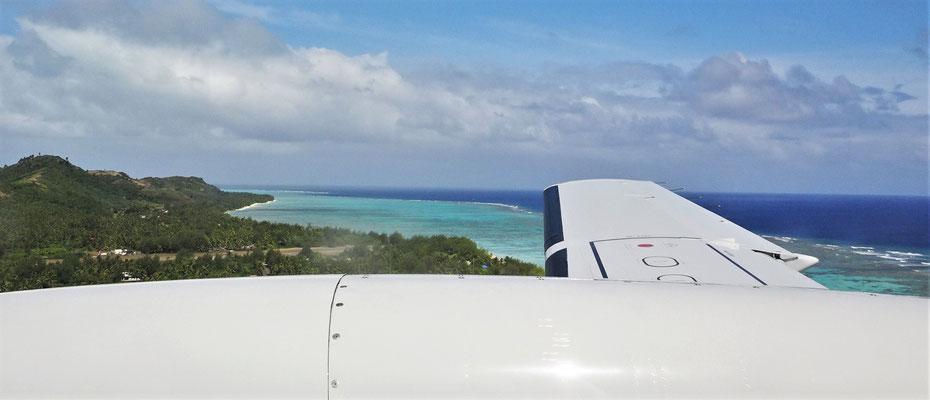 Landeanflug auf Aitutaki.