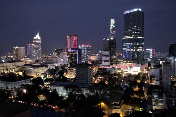 Der Blick vom Dach des Central Palace Hotel in Saigon.