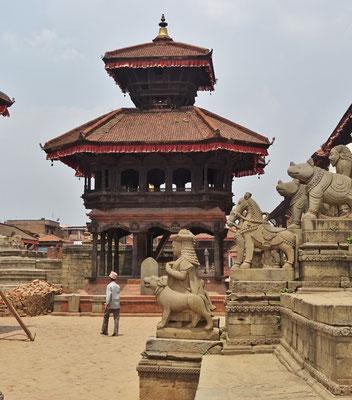 Der Chyasin Mandap der 1990 rekonstruiert wurde...