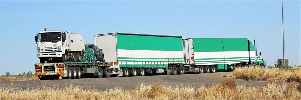 """Er hat noch den """"Reserve-Truck"""" dabei."""
