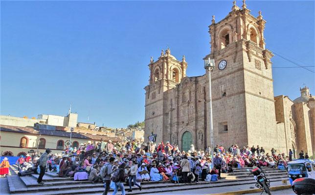 Die Kathedrale von Puno.....