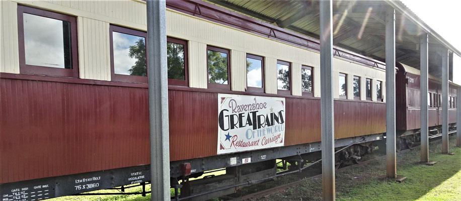 Auch ein Restaurant hat dieser Zug.