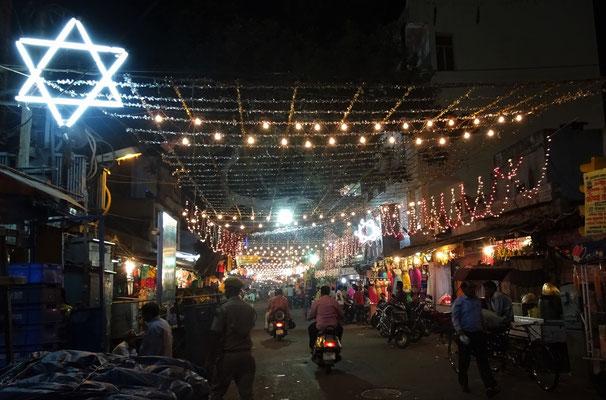 Viele Lampen über die Strassen...