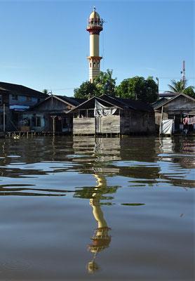1'000 Moschen gibt es Banjarmasin.
