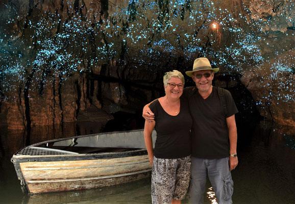 .....so wurden wir in die Fotos der Höhle hineinproiziert.