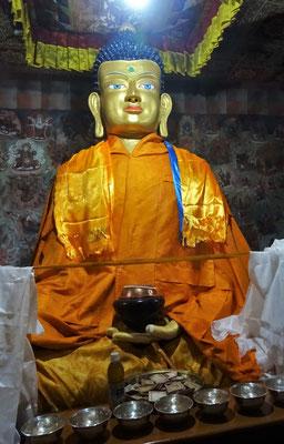 Der Buddha im kleinen Tempel...