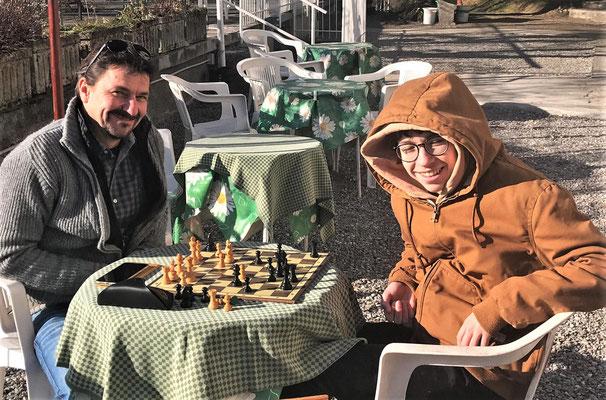Eine Partie Schach die Reto verlor.