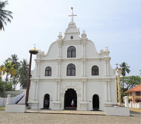 Eine der vielen Kirchen mit...
