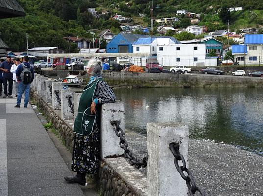 Der Uferpromenade entlang....