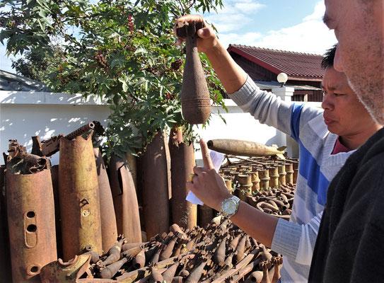 ....Leid über Laos.