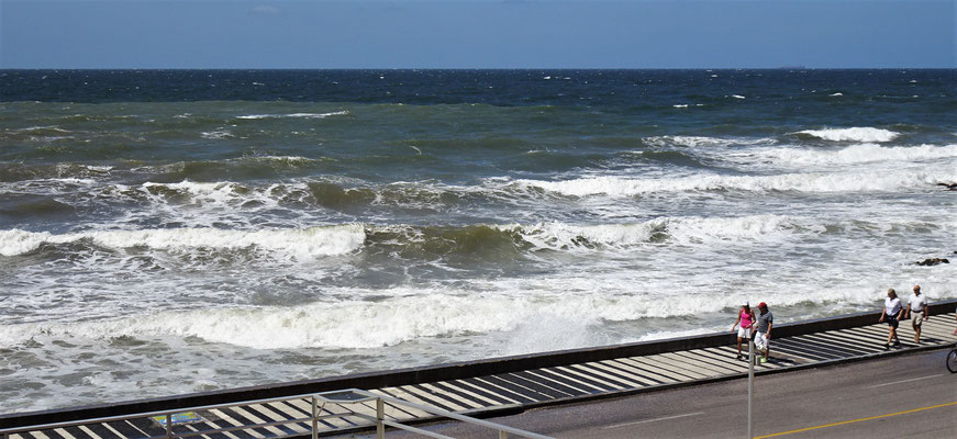 Heftige Wellen zum Abschied.