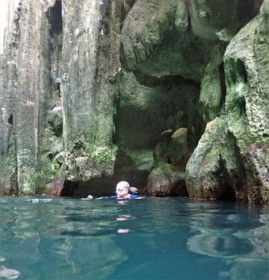 Der Zugang zur 2. Höhle.