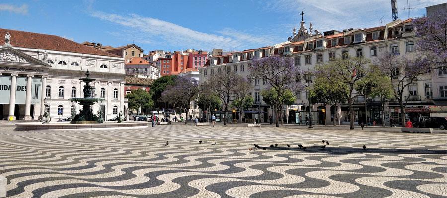 Der Platz Don Pedro IV.....