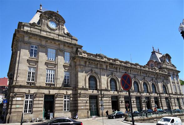 Der Bahnhof von Porto.