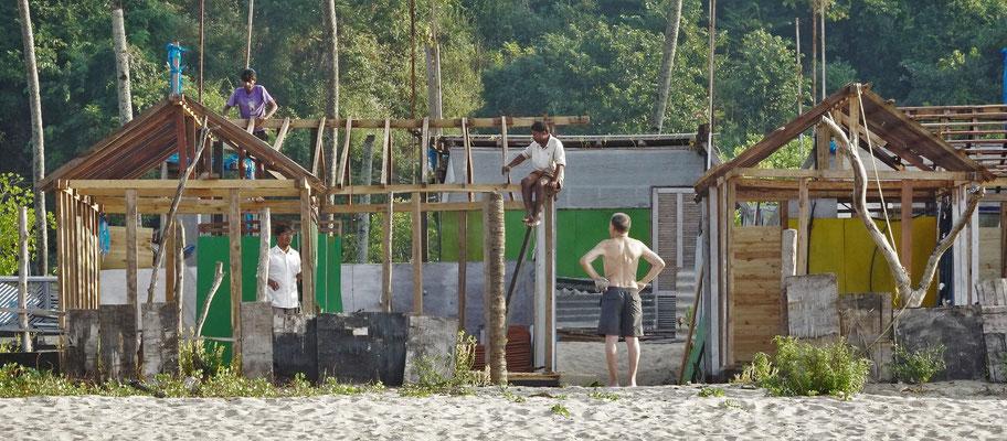 Ugo bei seiner Baustellenkontrolle.