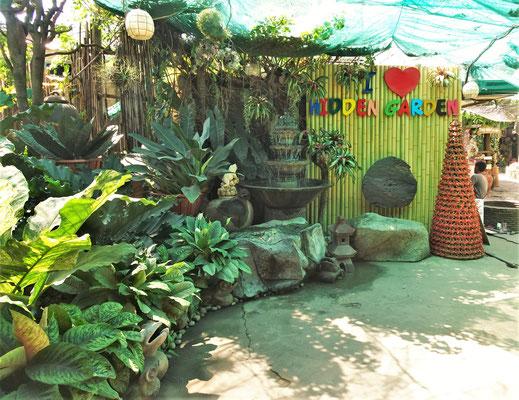 Der kitschige Hidden Garden.....