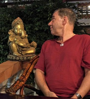 .....und Ganesh der über uns wacht.