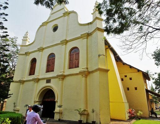 Die San Francis Kirche war die erste Kirche in Indien (1500 und renoviert 1799 von den Holländer)