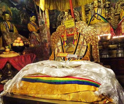 Der Trohn des 13. Dalai Lama