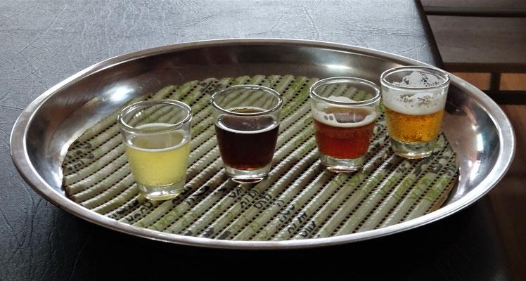 ...während Ugo die Biere probierte.
