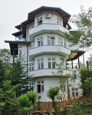 Unser Hotel die Hills Lodge.
