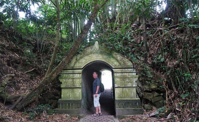 Der Eingang zum Königspalast...
