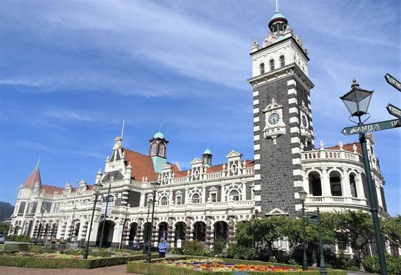 Der Bahnhof von Dunedin....