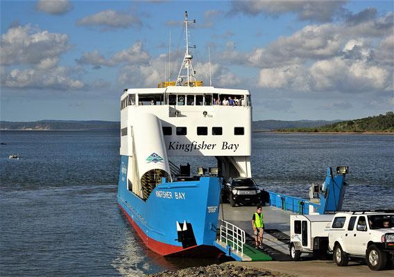 Die Fähre nach Fraser Island......