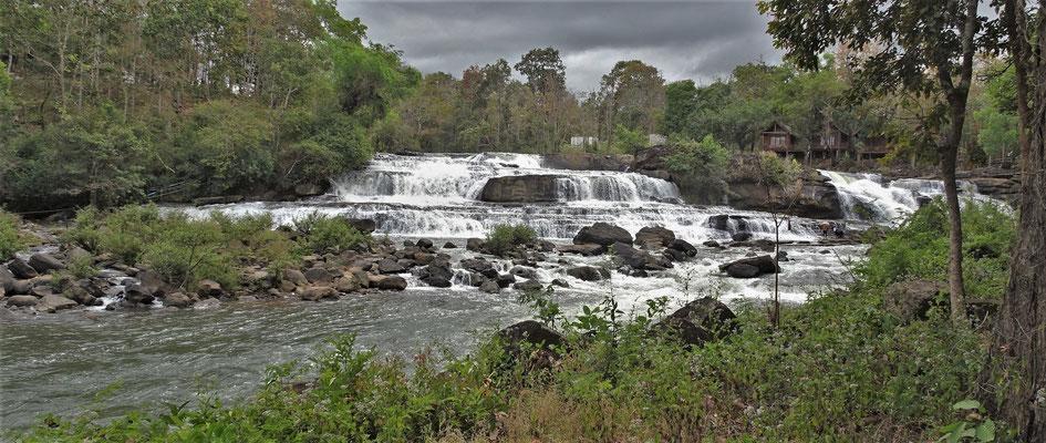 Der Tad Lo Wasserfall.