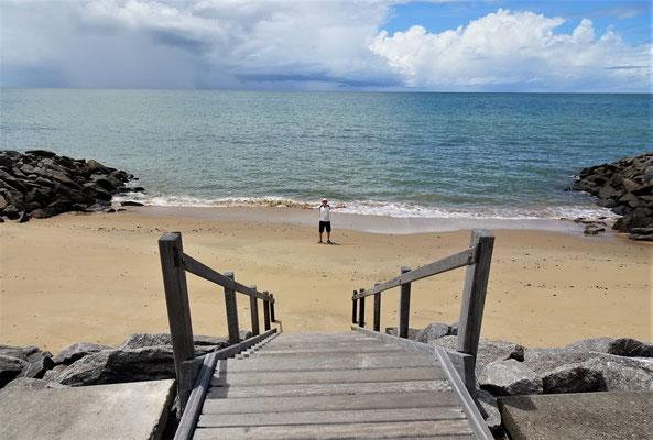 Dazwischen die kleinen Strandabschnitte.