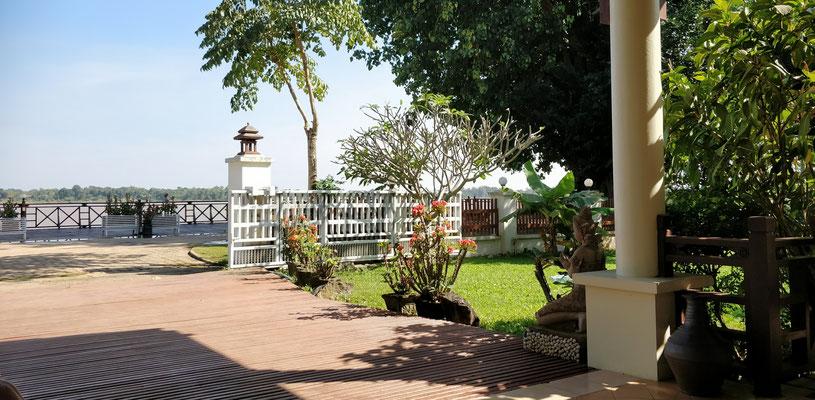 .....mit dem schönen Garten.