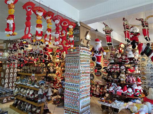 .....Weihnachtsdeko kaufen.