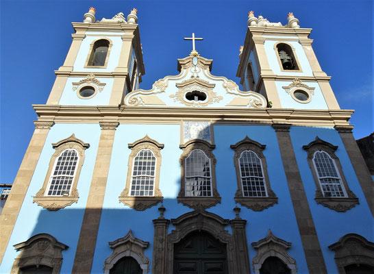 Die Kirche Nostra Senhora de Rosario....