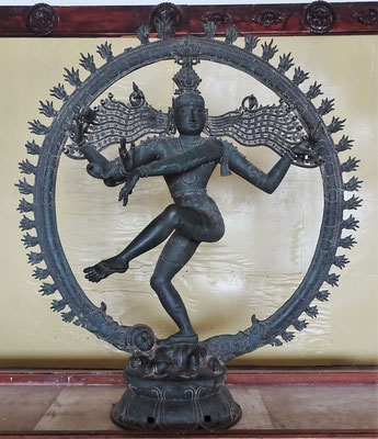 Shiva als Bronzefigur.