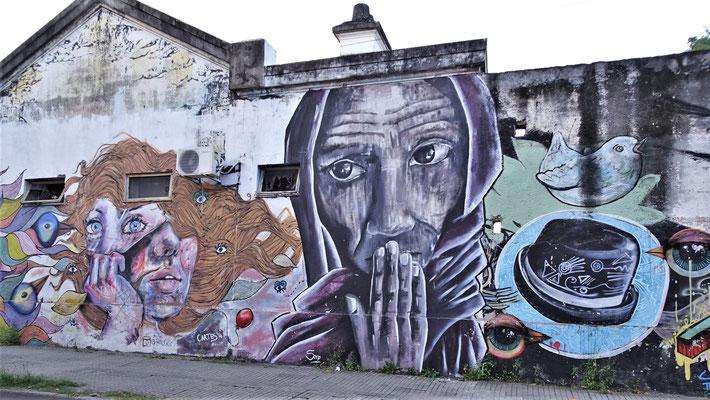 Graffiti Küstler waren hier am Werk.