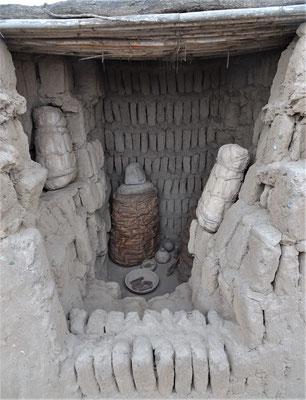 Eine Grabstätte im Gemäuer....