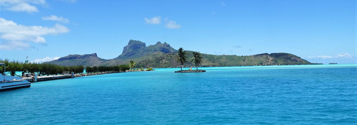 Wir verlassen Bora Bora.
