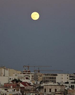 .......Mondnacht.
